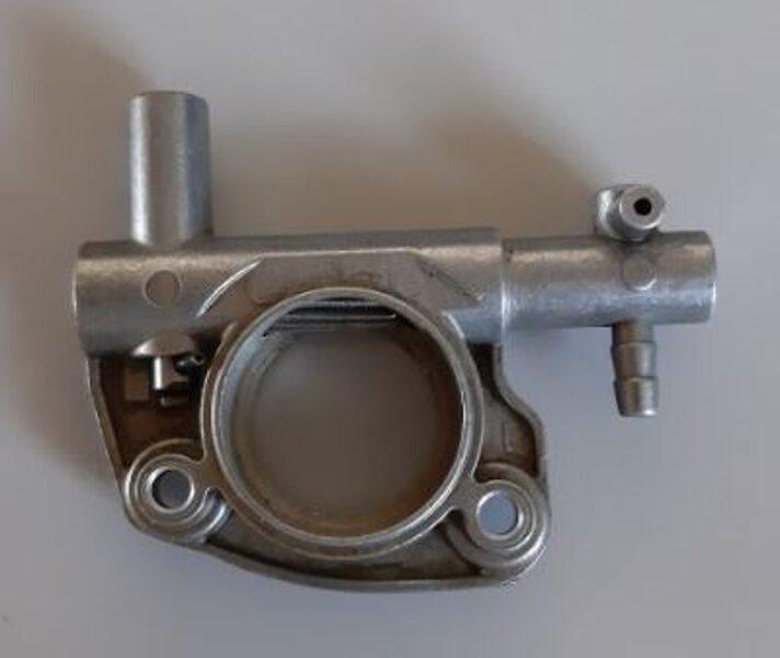 Eļļas sūknis Oleo-Mac 941CX; kods: P115-058
